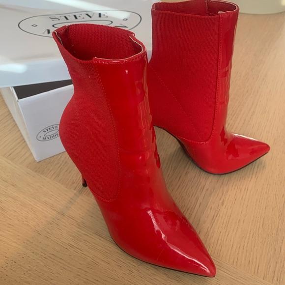 Exactitud Excluir estéreo  Steve Madden Shoes | Steve Madden Divinity Ankle Boot Red Multi | Poshmark